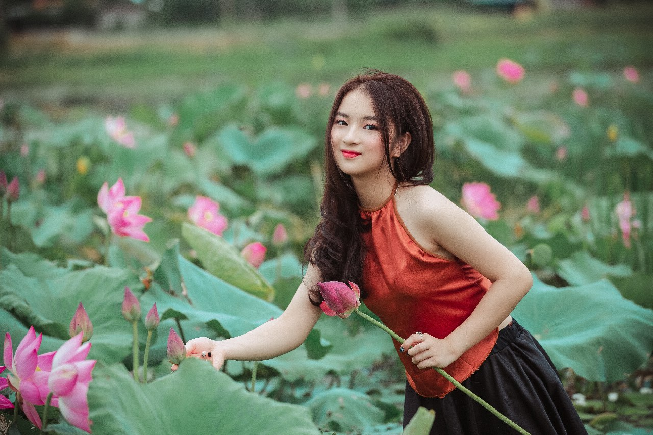 Vietnamese Girls Are Actually Waiting For Your Message Post Thumbnail