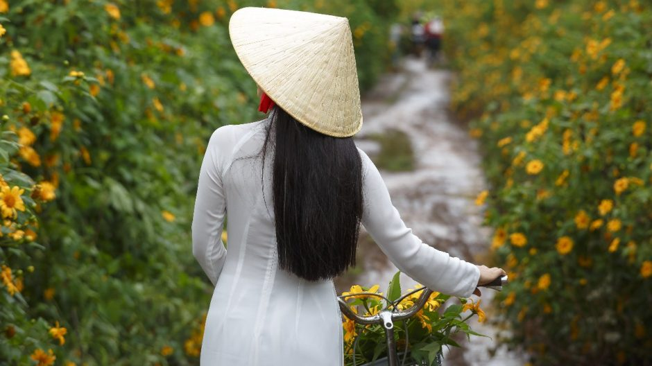 Guide How To Make Viet Women Fall In Love | {SITE} Post Thumbnail